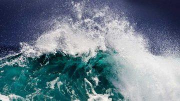 Britannia Rules the Waves