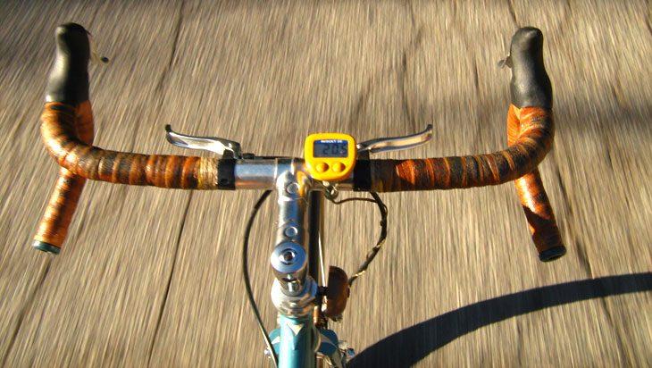 chasing-bicycle